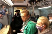 Alexei Navalny was arrested at passport control at Sheremetyevo airport in Moscow [Reuters TV]