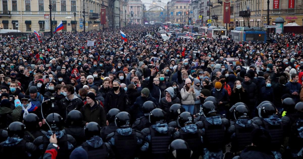 What is Alexey Navalny's endgame? thumbnail