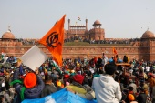 Farmers protest at the historic Red Fort in Delhi [Adnan Abidi/Reuters]