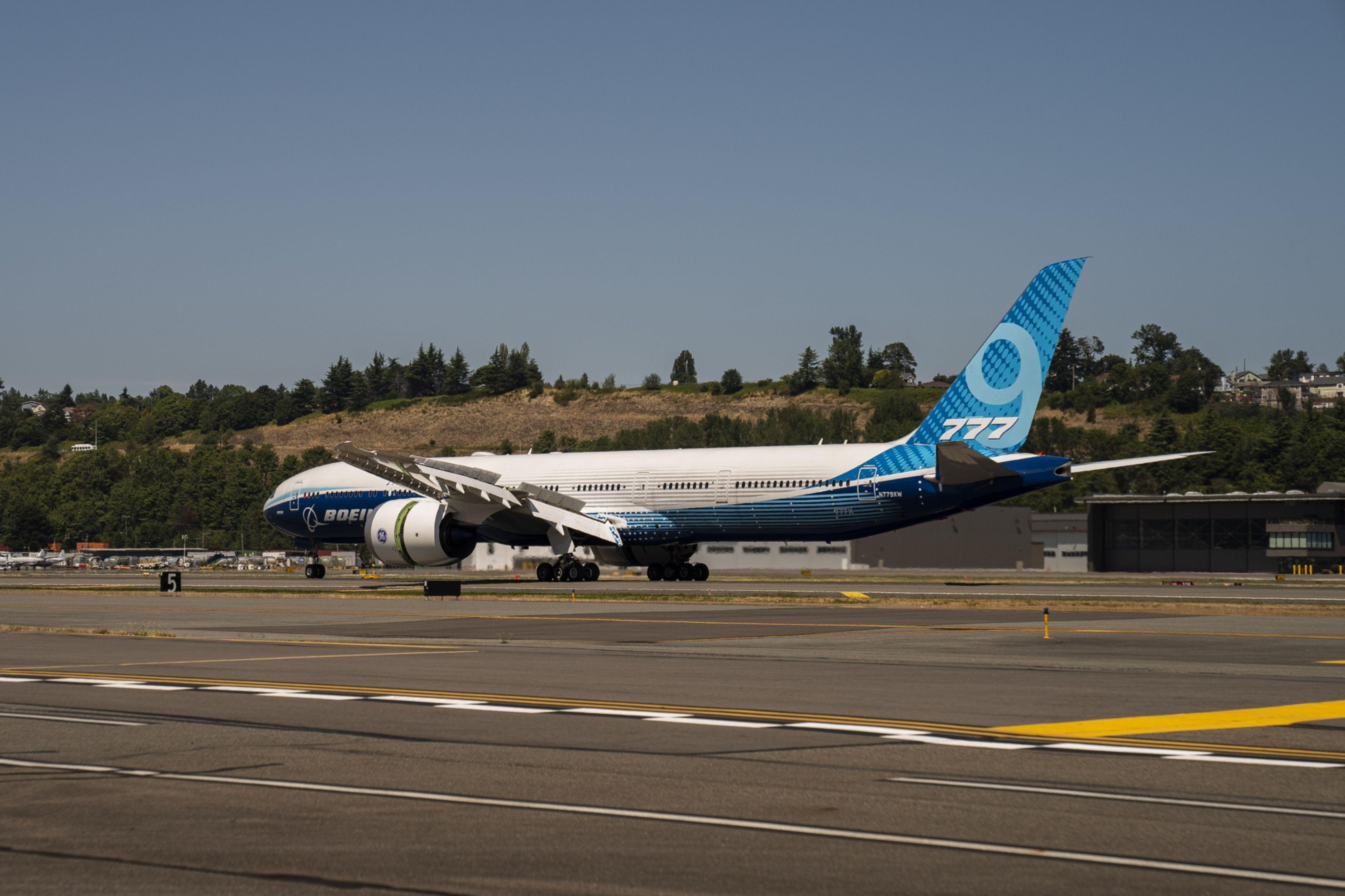 European Union and British regulators clear Boeing 737 Max for flights