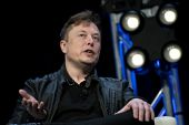 The net worth of Elon Musk, founder of SpaceX and chief executive officer of Tesla Inc surged in the past year, boosting him past Amazon founder Jeff Bezos to become the world's richest person [File: Andrew Harrer/Bloomberg]
