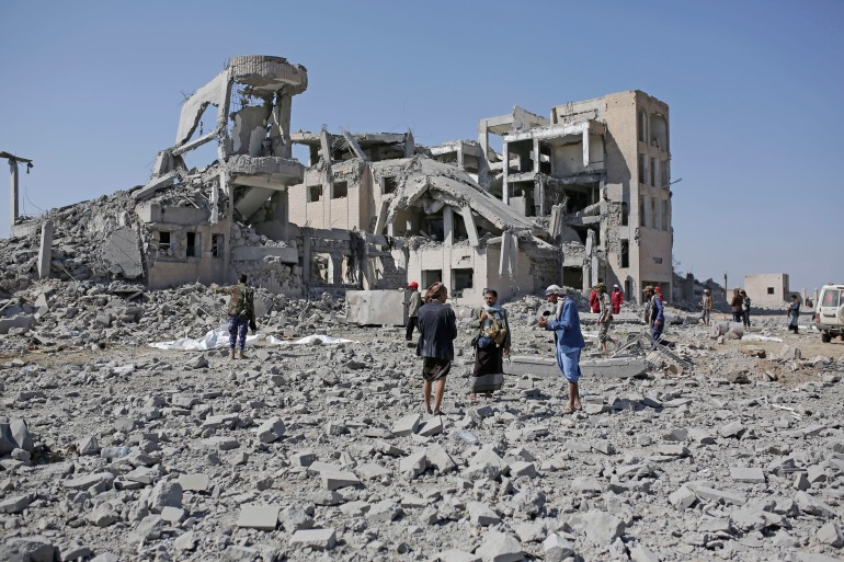 Foreign Minister Luigi Di Maio referenced the conflict in Yemen when he ordered the initial suspension of arms in July 2019 [File: Hani Mohammed/AP]