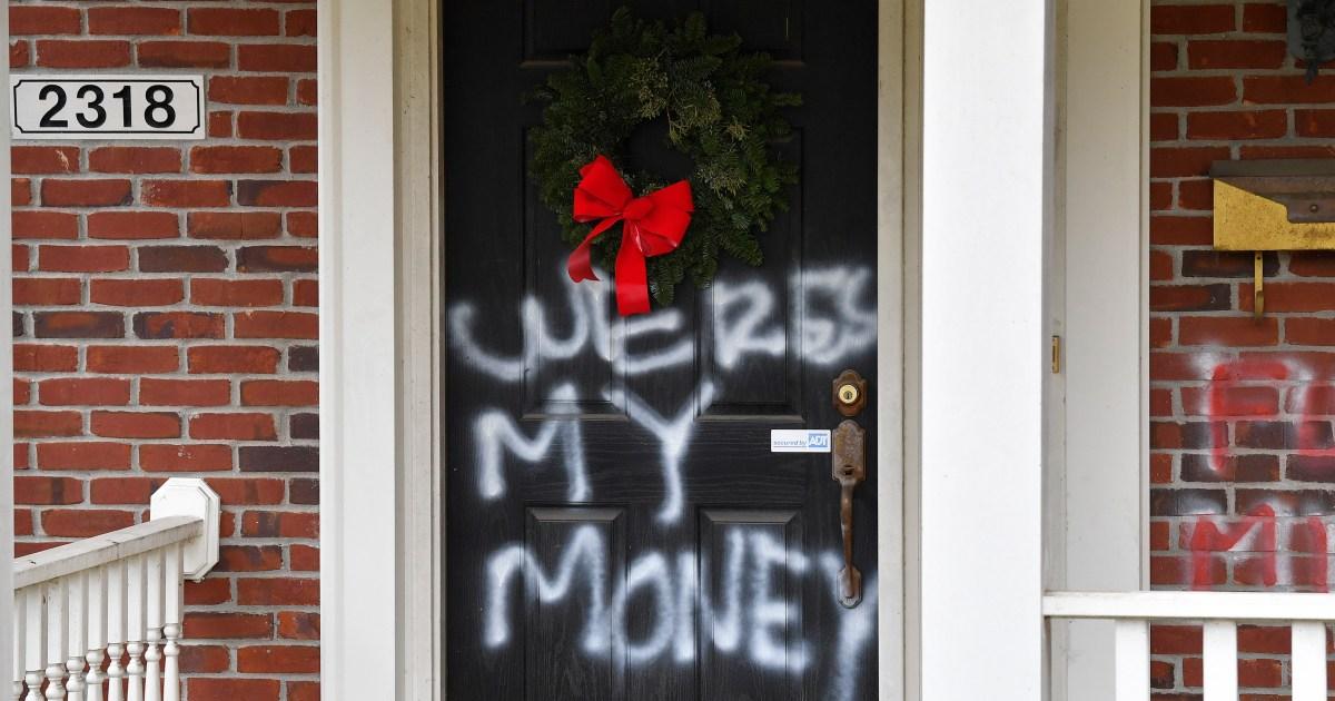 US legislators' homes vandalised after COVID relief boost fails thumbnail