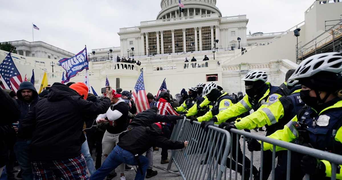 'Disgraceful': World reacts as Trump supporters storm US Capitol thumbnail