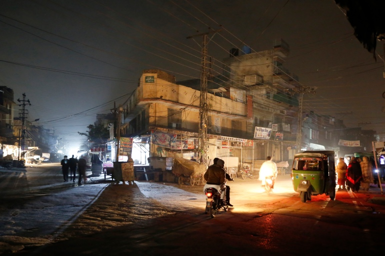 National Power Blackout Plunges Pakistan Into Darkness, Air Force Reportedly on Red Alert