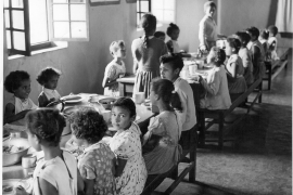 An archive photo showing children at Save, a key institution to which stolen mixed-race children were taken [Courtesy of metisbe.squarespace.com]