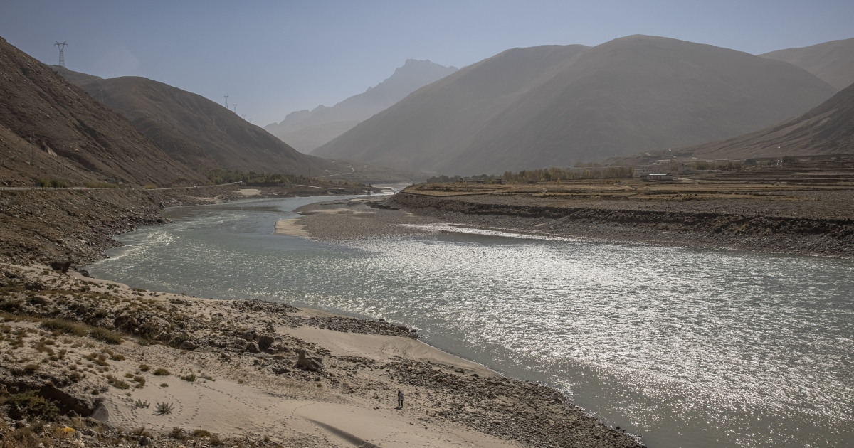 2021-02-08 01:54:44 | China to build the world's biggest dam on sacred Tibetan river | Environment News