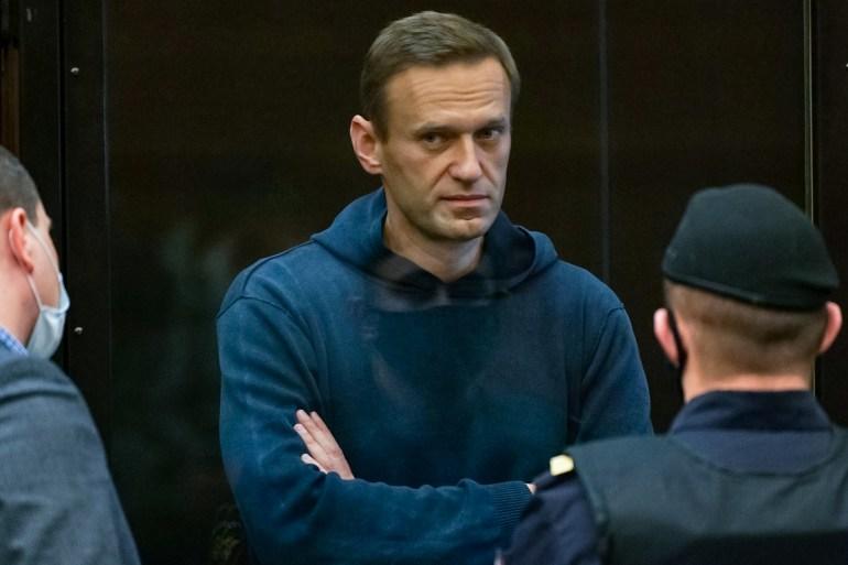 Russian court jails Alexey Navalny over parole violations