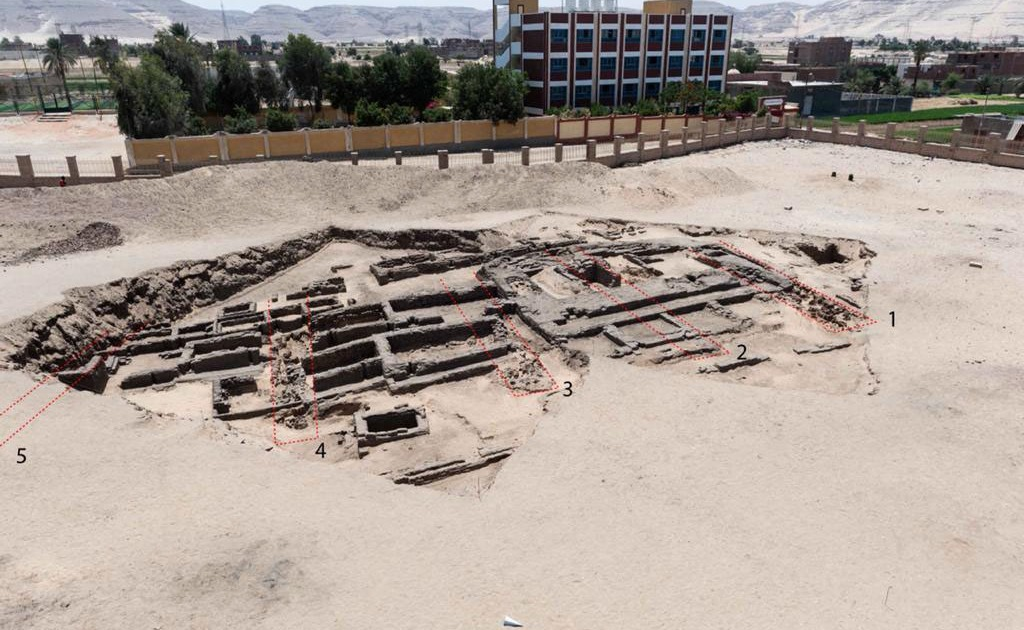 2021-02-14 05:02:52 | Egypt unearths 'world's oldest' mass-production brewery | Middle East News