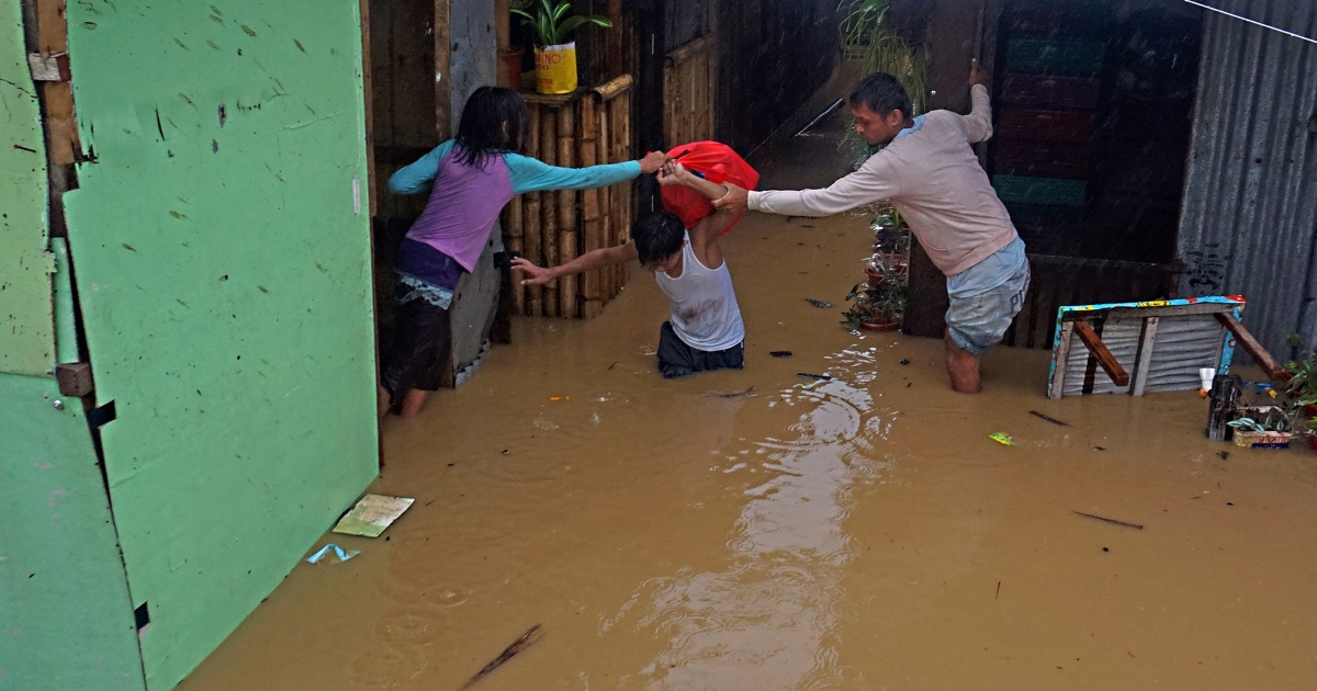 Greater than 5,000 flee properties as storm hits southern Philippines