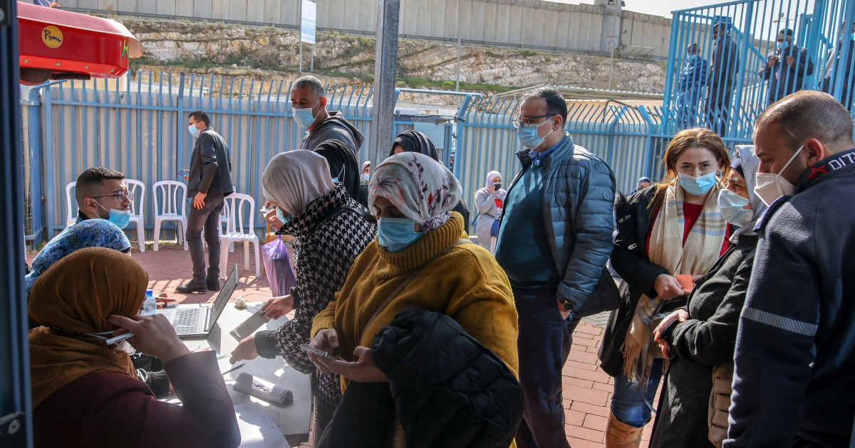 Palestinian health minister recommends lockdown in the West Bank