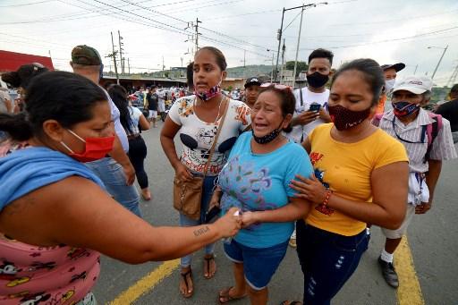 www.aljazeera.com: At least 75 dead in Ecuador prison riots, dozens injured