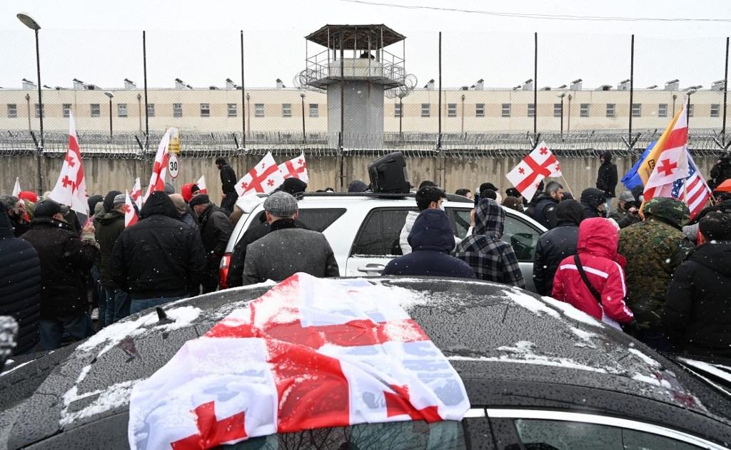 www.aljazeera.com: Supporters of jailed Georgia politician rally outside prison