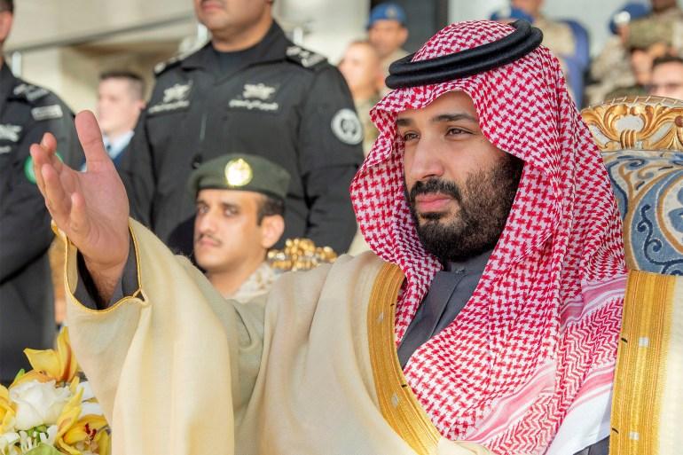 Selon un rapport, le prince héritier saoudien Mohammad ben Salmane considérait le journaliste Jamal Khashoggi comme «une menace pour le royaume» [Fichier: Bandar Algaloud / avec l'aimable autorisation de la Cour royale saoudienne / Document via REUTERS]