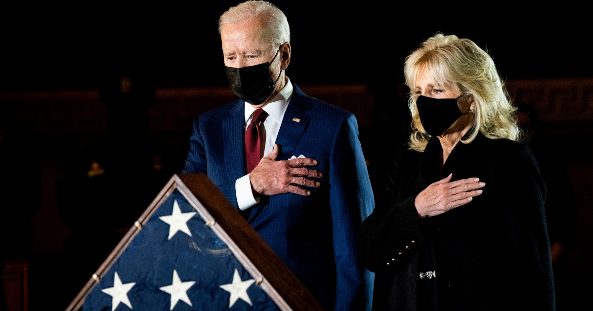 2021-02-03 16:01:59 | Biden, Congress honour police officer killed in Capitol riot | Donald Trump News