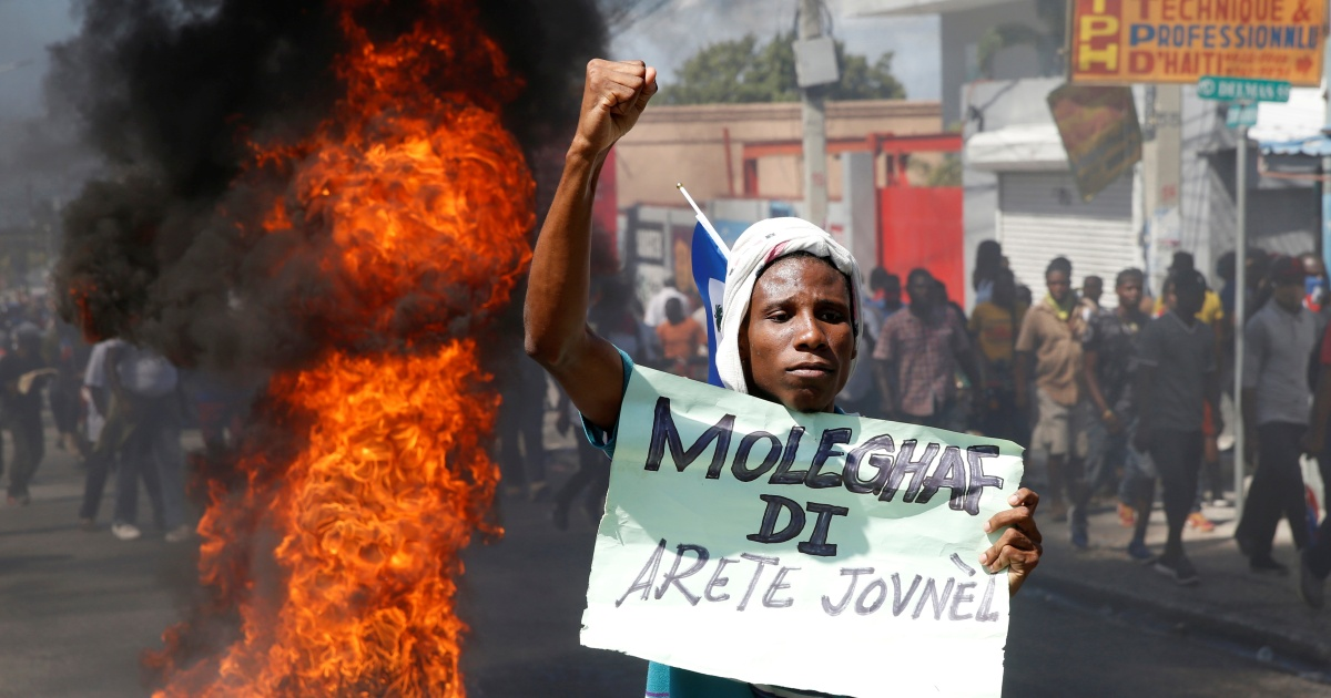 2021-02-15 04:48:54 | 'Down with the dictatorship': Protests continue in Haiti | News News