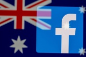 Facebook blocked all news content in Australia a week ago, citing concerns with the government's rules forcing big tech firms to pay for news content produced by local media outlets, but it subsequently restored all news feeds after reaching an agreement with the government [File: Dado Ruvic/Reuters]