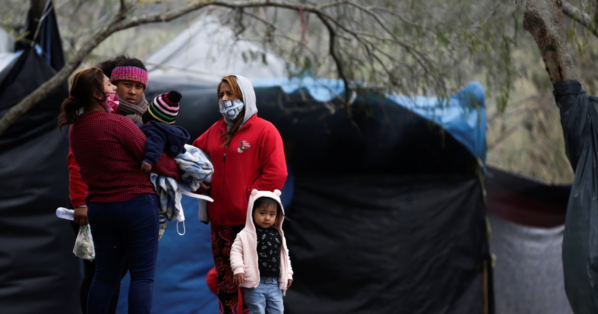 Asylum seekers ready in Mexico rattled by delays to US entry