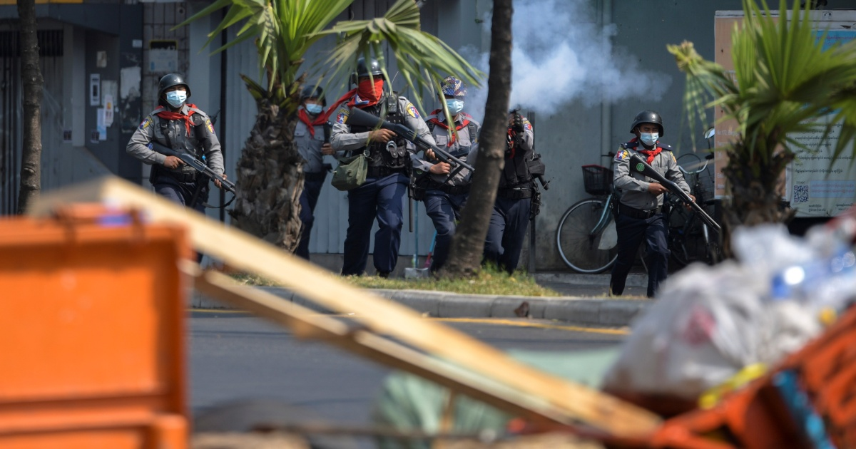 Myanmar ramps up violent crackdown on anti-coup protesters - Al Jazeera English