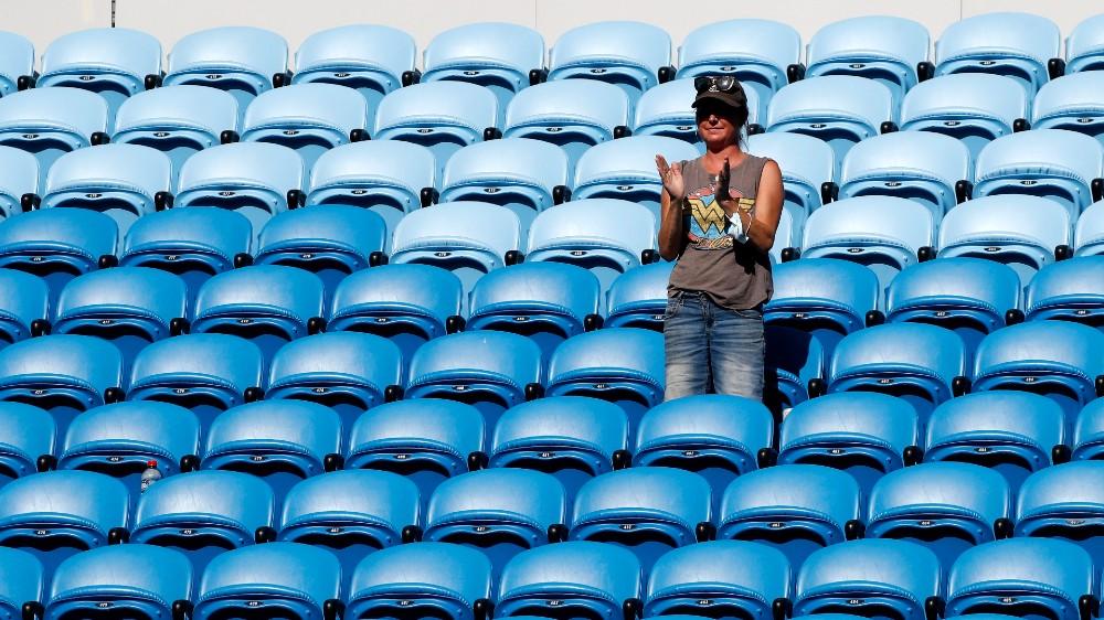 2021-02-12 08:38:38   Australian Open bars fans after snap COVID lockdown   Tennis News