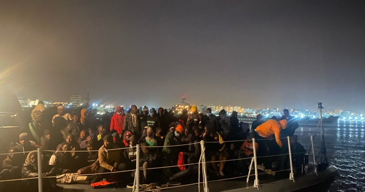 2021-02-05 11:05:04 | Libya coastguard intercepts more than 800 refugees: UN | Migration News