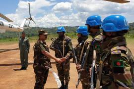 General Aziz Ahmed visits UN peacekeepers [Bangladesh Army website]