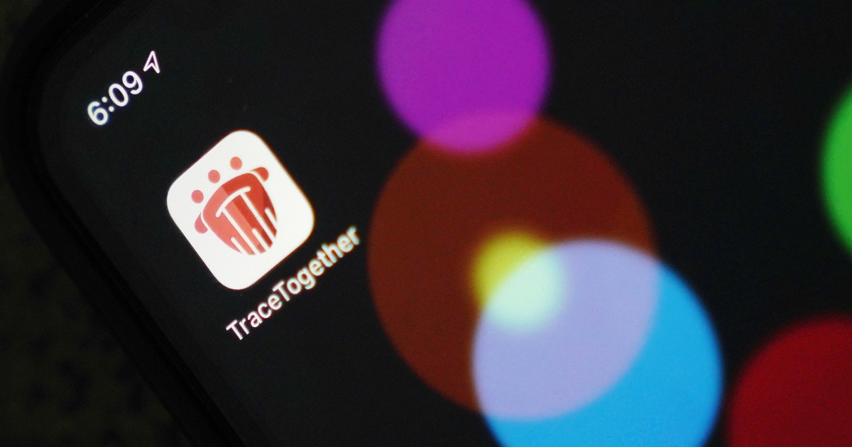 Software COVID memicu perdebatan sebelumnya perihal privasi di Singapura thumbnail
