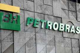 Brazilian President Jair Bolsonaro replaced the state-controlled Petrobras's market-friendly CEO with a retired army general [File: Sergio Moraes/Reuters]