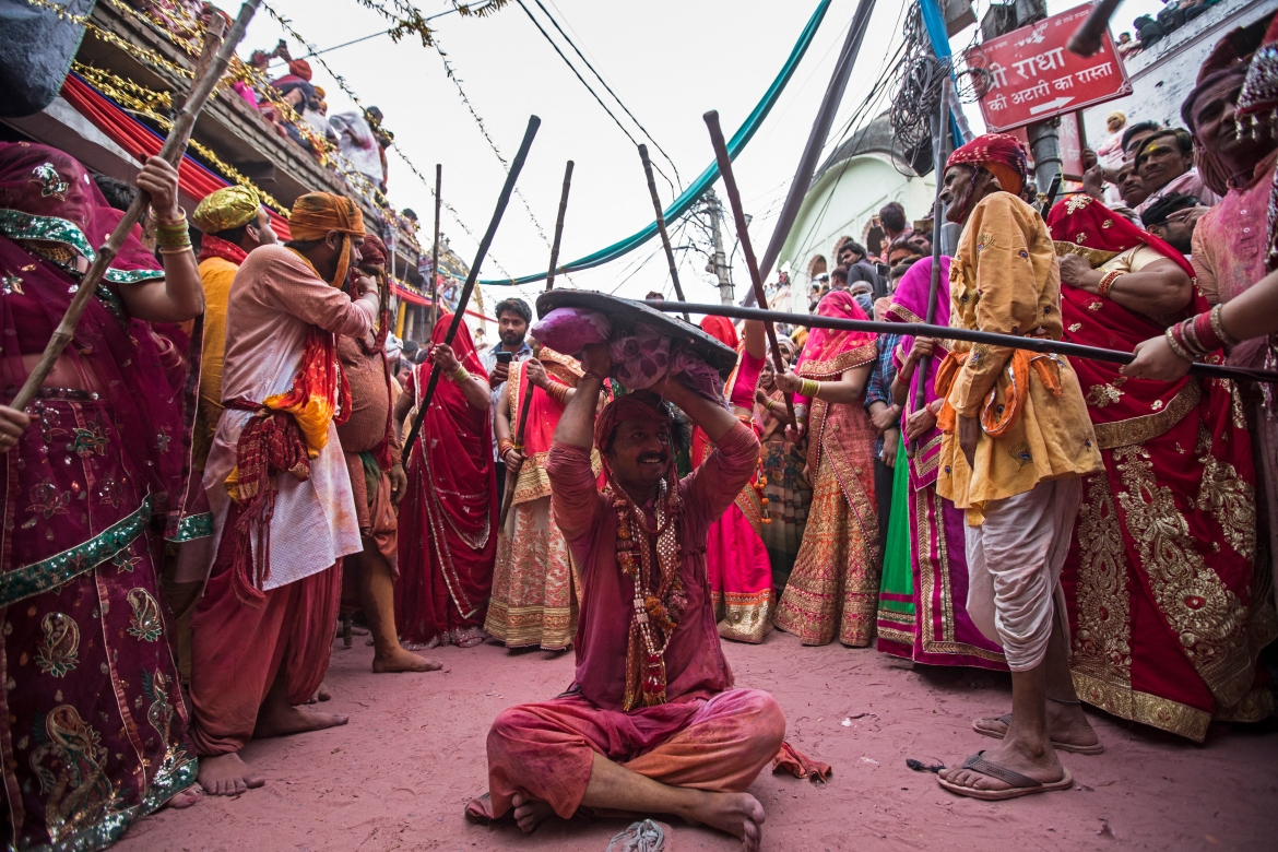 Thousands of devotees defied coronavirus prevention protocols and social distancing norms to celebrate as they have in past years. [Xavier Galiana/AFP]