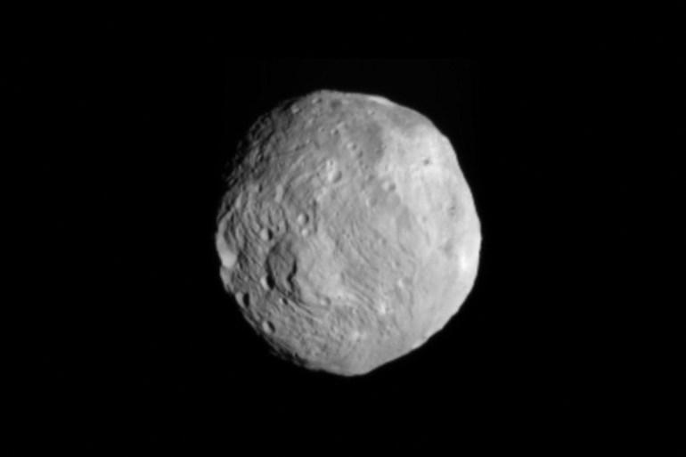 Para ilmuwan berencana menggunakan flyby untuk mempelajari asteroid lebih dekat [AFP]