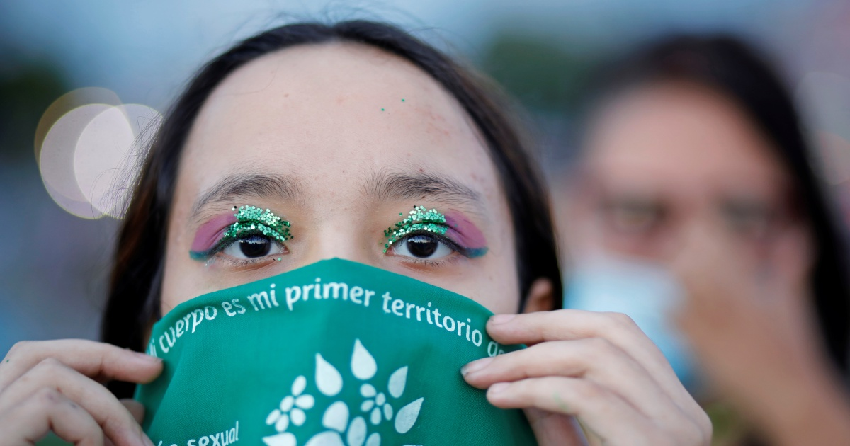 Kasus-kasus aborsi yang mungkin akan memaksa El Salvador untuk melonggarkan larangannya thumbnail