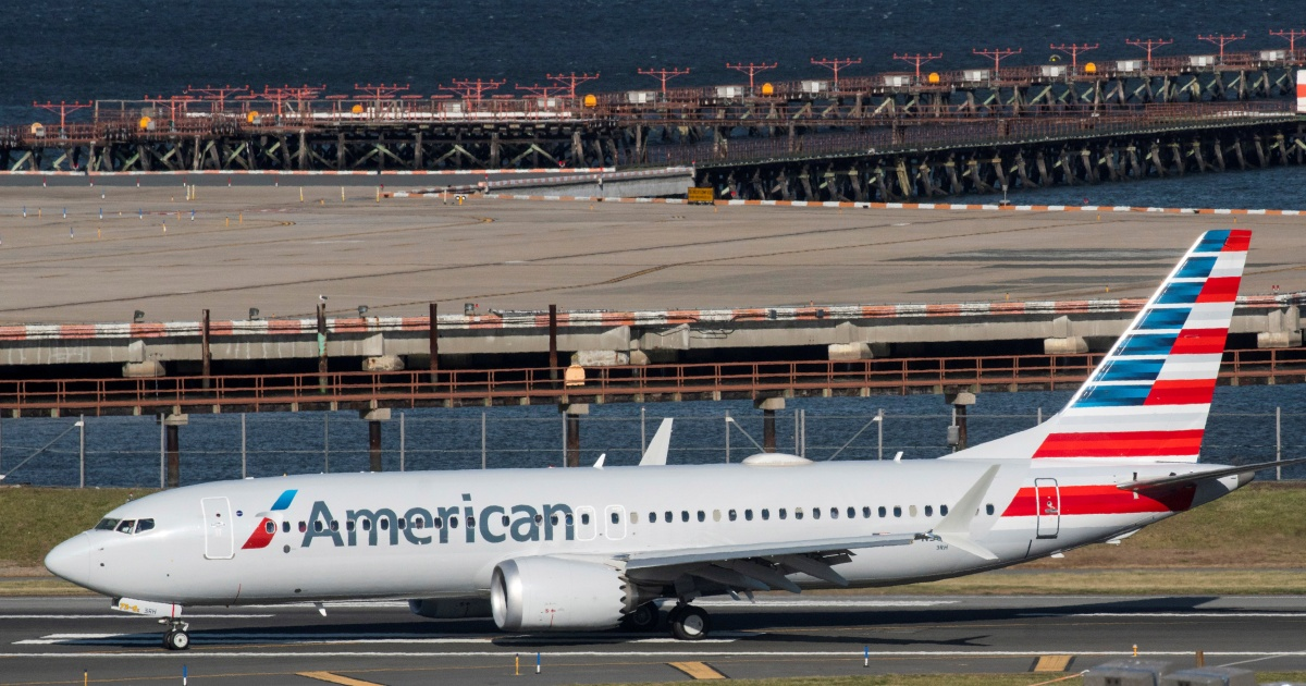 737 MAX declared emergency after engine stall, safely lands