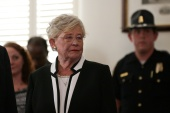 On April 9, Alabama's statewide mask wearing mandate will expire and will not be renewed, Governor Kay Ivey said [File: Marvin Gentry/Reuters]