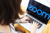 Sales will be as much as $3.78bn in fiscal year 2022, San Jose, California-based Zoom Video Communications said Monday in a statement [File: Bloomberg]