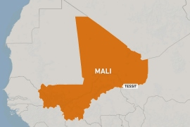 Attackers on trucks and motorbikes raid Mali base, kill 33 troops