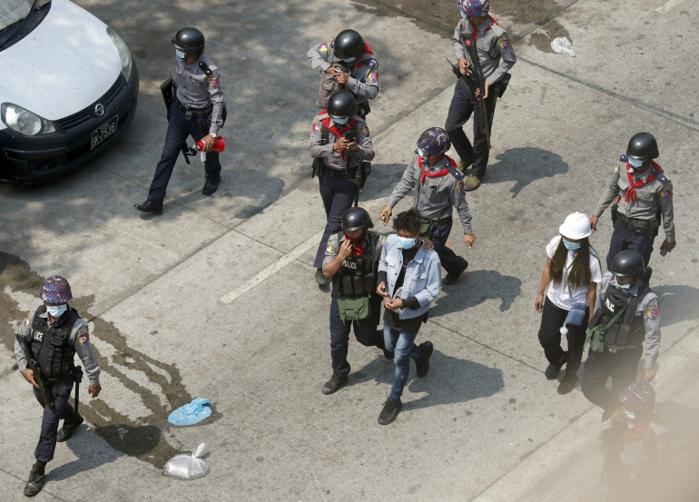 Fears grow for hundreds of students arrested in Myanmar protests   Human  Rights News   Al Jazeera
