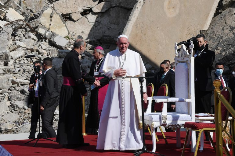 Pope Francis visits Iraq's war-ravaged north on last day of tour | Middle  East News | Al Jazeera