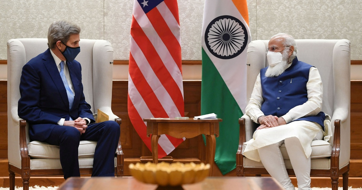 India's Modi reaffirms Paris accord pledge in meeting with Kerry
