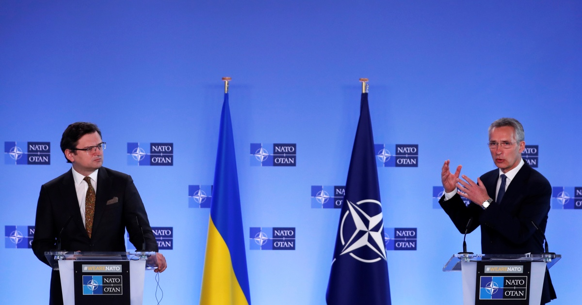 NATO warns Russia over forces near Ukraine