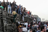 The train was travelling to the Nile Delta city of Mansoura from the Egyptian capital, Cairo [Mohamed Abd El Ghany/Ewuters]