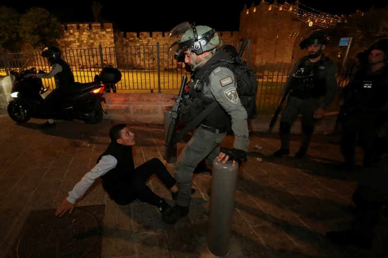 Scuffles in Jerusalem in second night of violence   Middle East News   Al  Jazeera