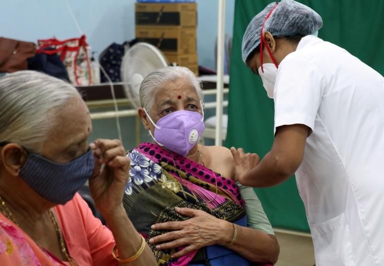 India COVID patients 'die due to oxygen shortage'   Coronavirus pandemic  News   Al Jazeera