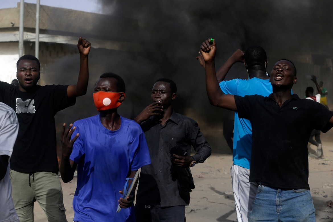 People protest in Chad's capital N'Djamena against miltary rule. [Sunday Alamba/AP Photo]