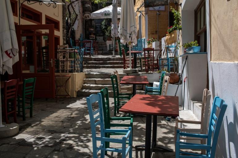 Kekhawatiran tentang potensi musim liburan kedua berturutturut telah mengaburkan prospek negaranegara Mediterania Italia, Spanyol dan Yunani, yang sangat bergantung pada pariwisata Petros Giannakouris / AP
