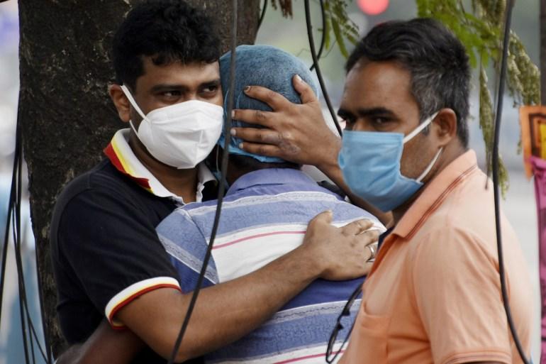 India: New Delhi to relax lockdown as COVID cases decline | Coronavirus pandemic News | Al Jazeera