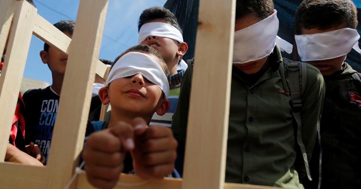 'Lives long past': Warga Palestina menetapkan Hari Tahanan thumbnail