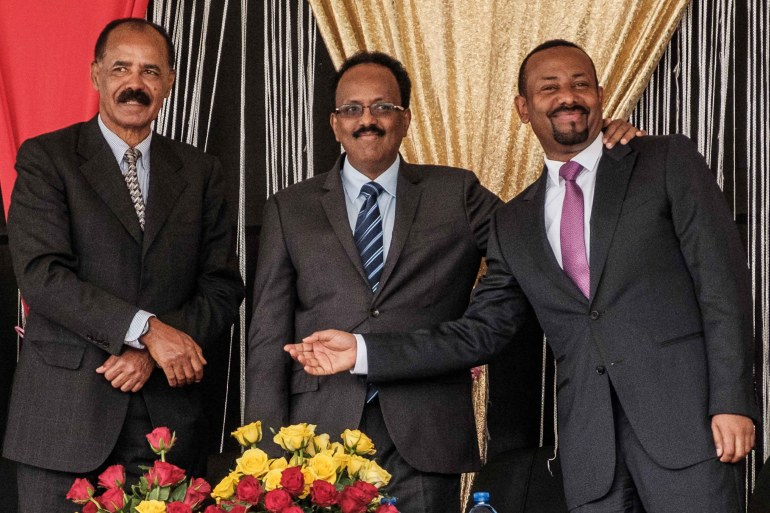 Eritrea's President Isaias Afwerki, Ethiopia's Prime Minister Abiy Ahmed, and Somalia's President Mohamed Abdullahi pose during the inauguration of the Tibebe Ghion Specialized Hospital in Bahir Dar, northern Ethiopia on November 10, 2018 [File: AFP/ Eduardo Soteras]