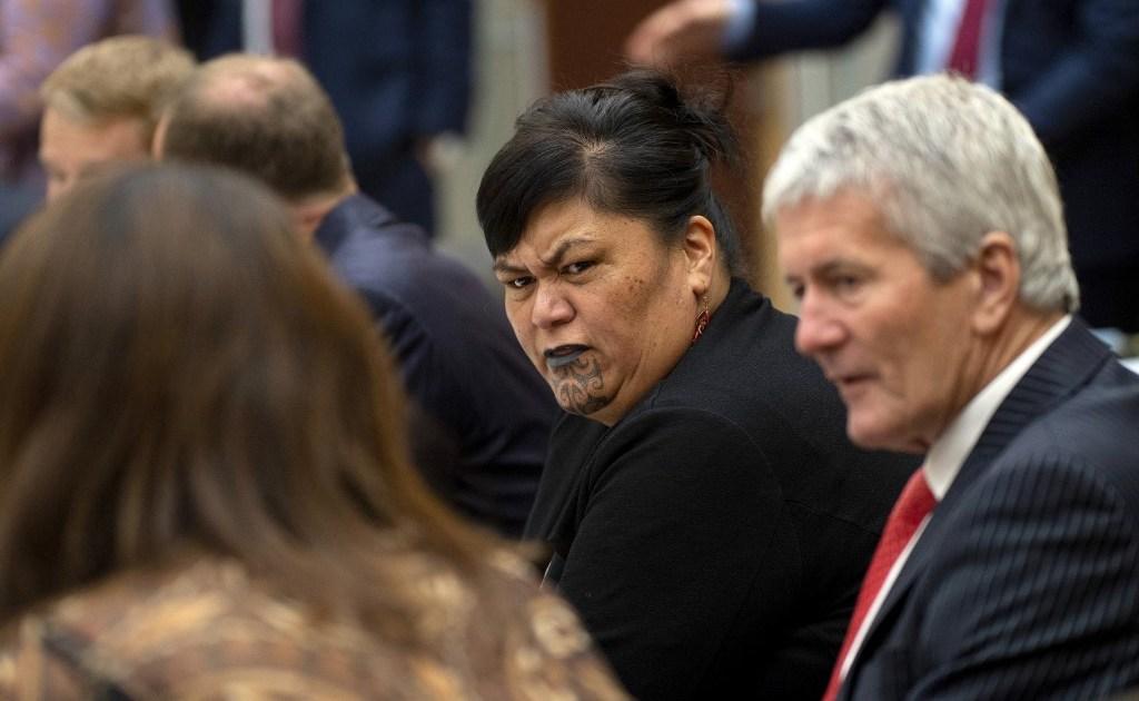 Mengapa menteri luar negeri Selandia Orisinil ialah wanita yang merawatnya thumbnail