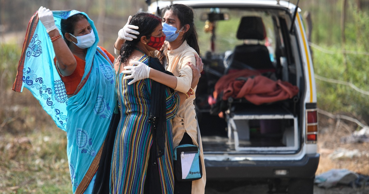 India's worst COVID record: Over 400,000 new cases, 3,980 deaths
