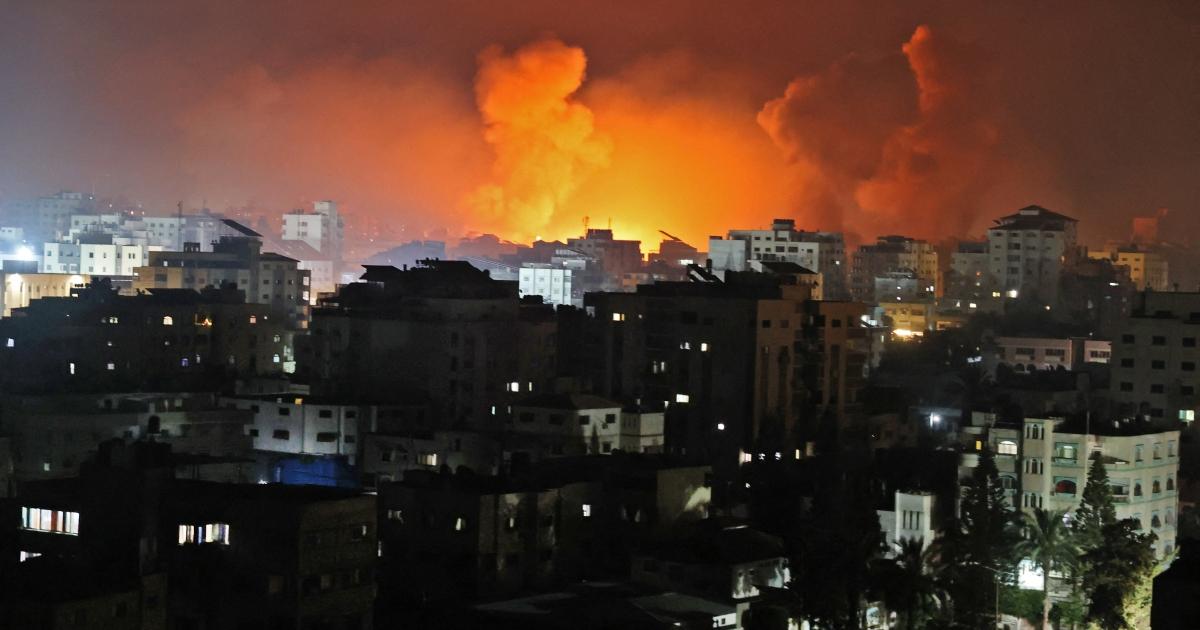 Kematian di Gaza ketika Israel meluncurkan 'agresi paling intens': Tetap di sini thumbnail